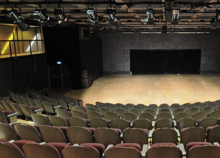 Grande Halle de La Villette Auditorium Boris Vian vue d'en haut