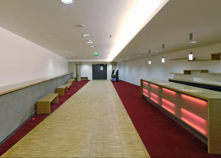 Grande Halle de La Villette Auditorium Boris Vian couloir