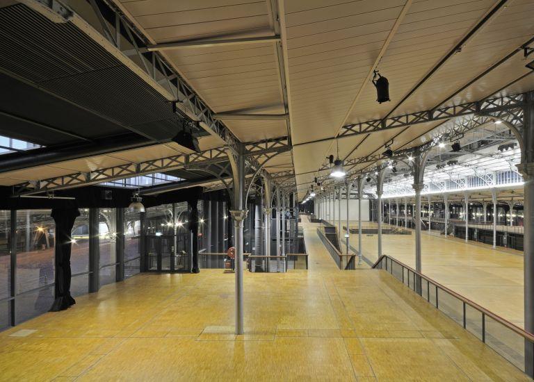 Grande Halle de La Villette La Nef balcon