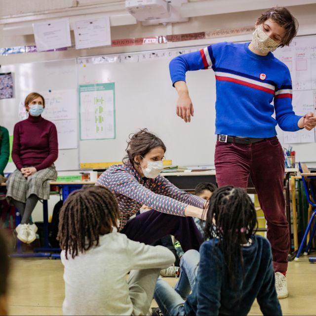 Atelier Jeux Craie avec Valérie Nivet et les élèves de l'école Sadi Carnot