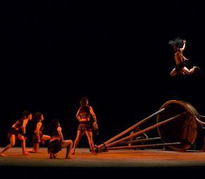 Nouveau Cirque du Vietnam -...