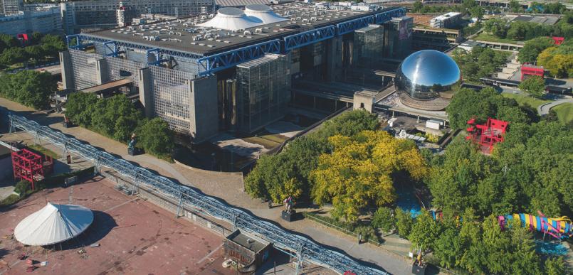 Un parcours d'expositions photos en plein air sur l'ensemble du parc pour (re) découvrir le lieu à travers deux siècles d'architecture.