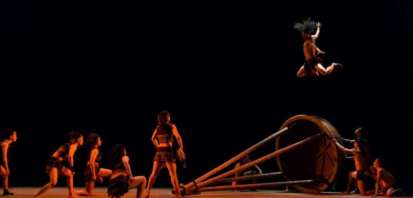 Nouveau Cirque du Vietnam - Teh Dar