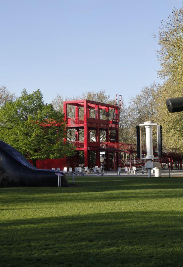 Parc de la Villette - La Bicyclette ensevelie