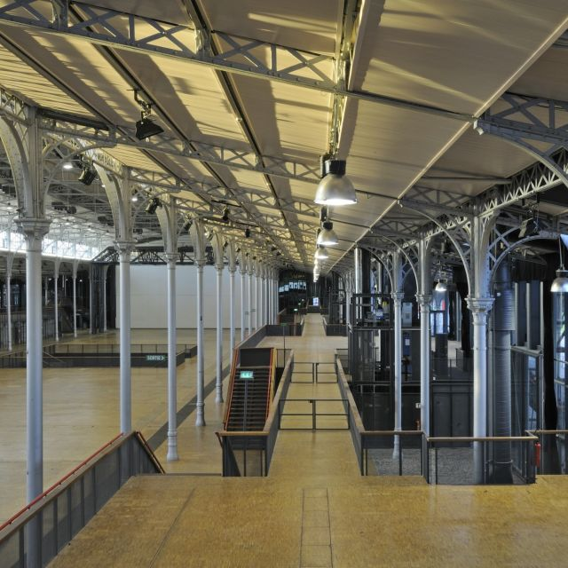 Grande Halle de La Villette depuis le balcon 2