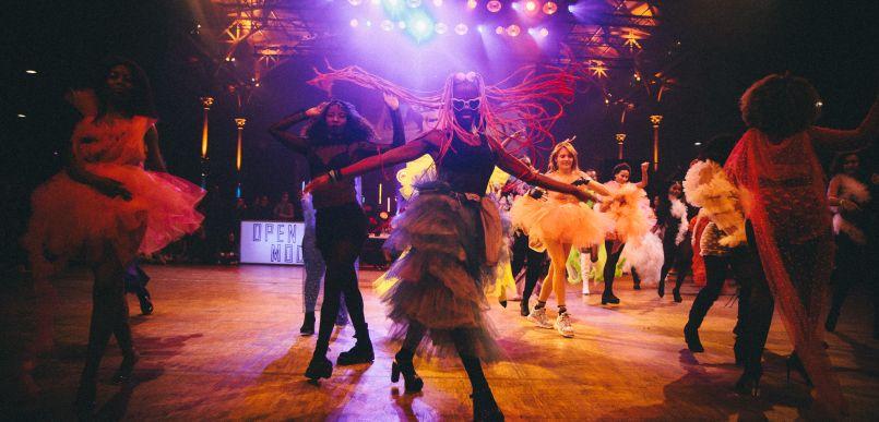 Battles & défilés dansés