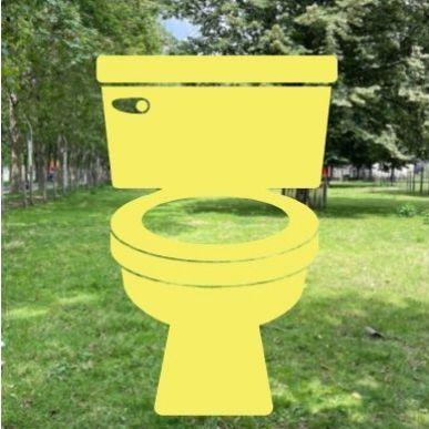 WC accessibles aux normes européennes dans tous les bâtiments ainsi que dans l'espace Chapiteaux et le jardin des Dunes et des Vents.